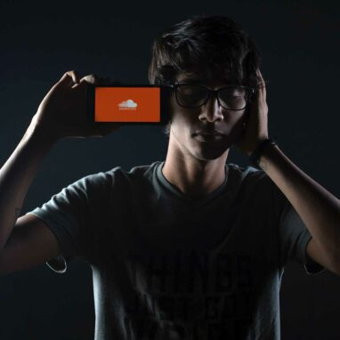 Should You Upload Music To SoundCloud?